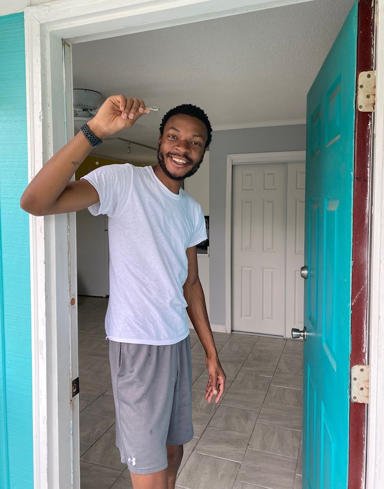 Army Veteran Tyree Moves In